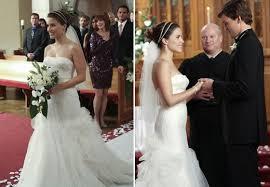 bush wedding dress bush wedding dress2 carpet fashion awards