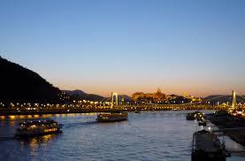 budapest city late danube river cruises