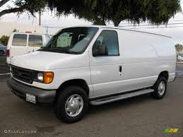 2007 Ford E150 Oxford White 2007 Ford E Series Van E250 Commercial Exterior Photo