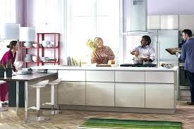 idee cuisine ikea cuisine ikia meubles cuisine ikea vaisselier en bois gris taupe free