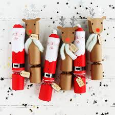 christmas crackers notonthehighstreet com