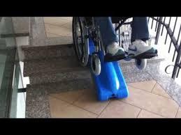 sedie per disabili per scendere scale montascale mobile a cingoli per salire le scale