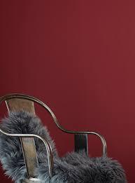 wandgestaltung rot premium wandfarbe rot tiefrot alpina feine farben tanz der