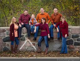 family picture color ideas cute colors ideas for family photos collections photo and picture