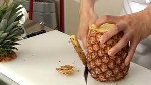 cuisiner l ananas peler un ananas à vif astuce cuisine vins