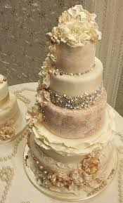 vintage wedding cakes vintage wedding ruffle an pearl vintage wedding cakes 2048617