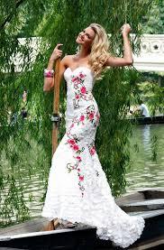 hawaiian themed wedding dresses hawaiian ideas for