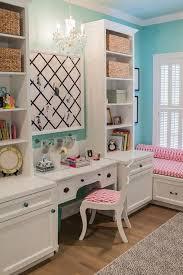 Bookshelves And Desk Built In by Best 25 Kids Desk Space Ideas On Pinterest Study Room Kids