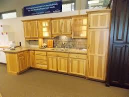kitchen cabinets in stock bargain hunt dscn1017