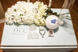 Crystal Vases For Centerpieces Diy How To Make A Wedding Centerpiece With Crystals On A Budget