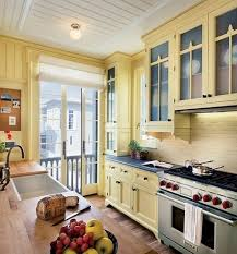 Yellow Kitchen Cabinets What Color Walls Butter Yellow Kitchen Want This Color Paint For The Walls Home