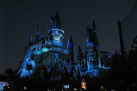 nighttime lights at hogwarts new nighttime lights at hogwarts castle dazzles at universal orlando