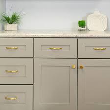 kitchen cabinet door knob backplate hickory hardware cabinet hardware company