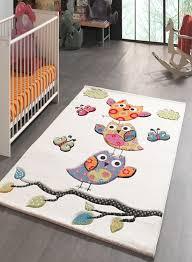 tapis chambre bebe tapis pour la chambre chouettes creme de collection rond bébé