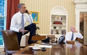 Desk In Oval Office by Jon Passantino On Twitter