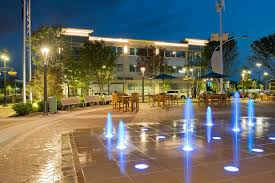 the plaza fountains will be on all week bar louie one loudoun