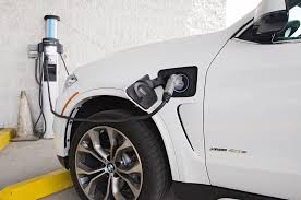 how to charge a bmw car battery 2016 bmw x5 xdrive40e in hybrid test review