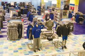 grand valley lanthorn gvpd laker store employees work to stop theft