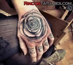 de tatuajes de rosas tatuajes de flores ideas y fotografías