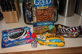 hostess gifts white chocolate pretzel bark adventures in motherhood