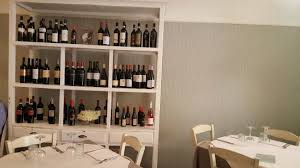 credenza ristorante sala ristorante credenza dei vini foto di il labirinto gusto
