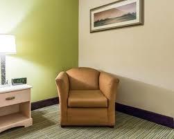 Comfort Inn And Suites Beaufort Sc Standardroomsbedroom3 Jpg