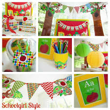 Monkey Classroom Decorations Classroom Decorating Trends For 2012 Schoolgirlstyle