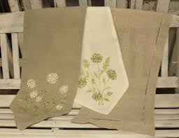 knot floral hemstich table runners town country event