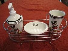 Mickey Mouse Bathroom Accessory Set 81 Best Mickey Mouse Bathroom Images On Pinterest Mickey Mouse