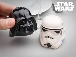 star wars salt and pepper shakers coolstuff com