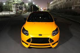 ford focus st mk3 in yellow color tangerine scream ford focus st