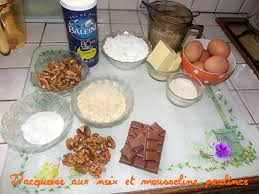 amoure de cuisine amoure de cuisine dacquoise aux noix et mousseline pralinée la