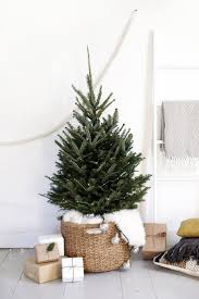 how to decorate a small christmas tree a small natural tree in a