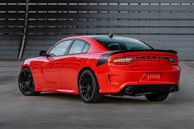 Dodge Challenger Nascar - dodge adds bit of hellcat to 2017 dodge charger challenger