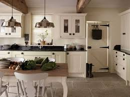 coordinating wood floor with wood cabinets oak kitchen cabinets and wall color coordinating wood floor with