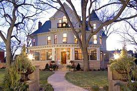 mary tyler moore house for sale 2007 exterior hooked on houses