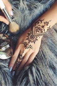 43 photos that will change your mind about henna art