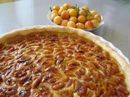 cuisiner les mirabelles recette de tarte aux mirabelles et à la crème la recette facile