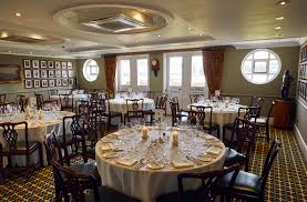 committee dining room