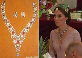 wedding gifts elizabeth this necklace was one of the s wedding gifts from