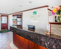 book quality inn uptown olympic national park hotel deals