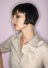 hairstyle wedge at back bangs at side sport these groovy short wedge haircuts and make heads turn