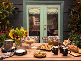 Outdoor Entertaining Spaces - outdoor party ideas and entertaining spaces hgtv