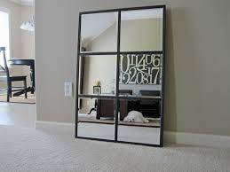 grand miroir chambre le grand miroir mural 25 idées pour d arrangement et décoration