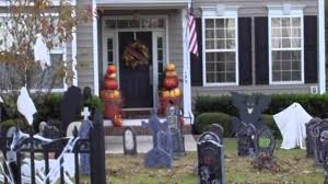 fall outdoor decor and extreme halloween houses youtube