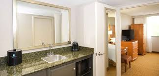 What Is A Hotel Wet Bar Embassy Suites Detroit Livonia Novi Michigan Hotels