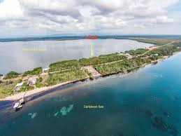 l316 lagoon front lot in the plantation placencia peninsula