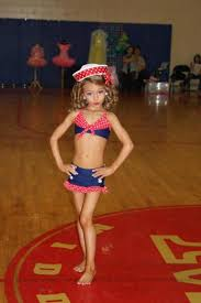 Toddlers And Tiaras Controversies Business Insider - raising royalty what it means to be a televised child pageant queen