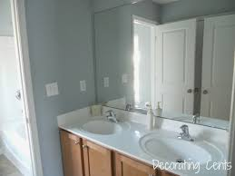 Light Blue Bathroom Paint by Decorating Cents Hall Bathroom Paint On The Walls