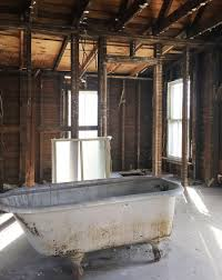 How To Refinish Bathtub How To Refinish A Nasty Old Clawfoot Tub